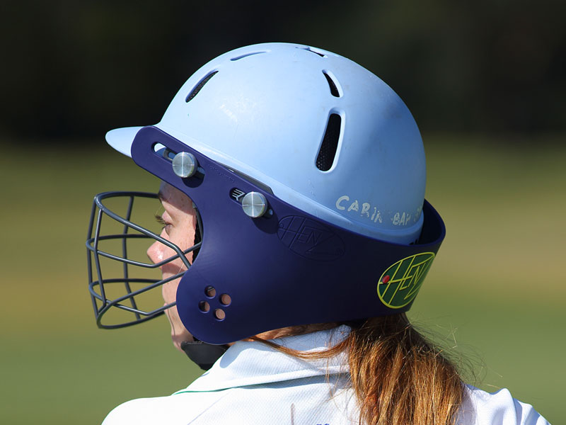 girls cricket neck guard